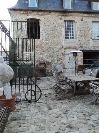 La Chevalee : The entrance