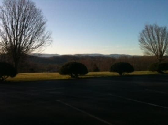Abingdon, VA: Alpine Motel view