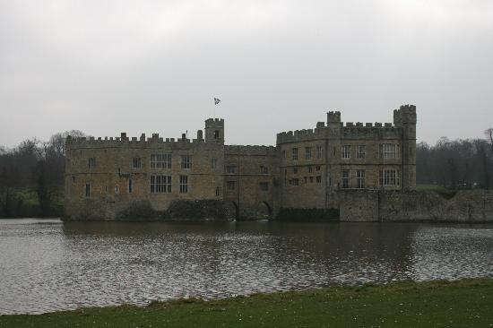 Tours of the Realm: Leeds Castle