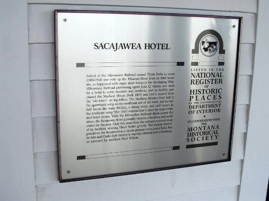 Sacajawea Hotel: History
