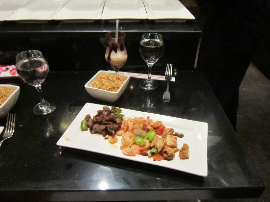 دريمز بالم بيتش بونتا كانا - لاكشري شامل جميع الخدمات: The Japanese restaurant Hibachi grill