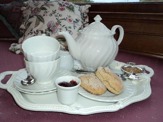 Governor's House in Hyde Park: Serving full afternoon tea and a cuppa any time at all