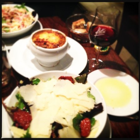 Flottes : Salad, French Onion Soup