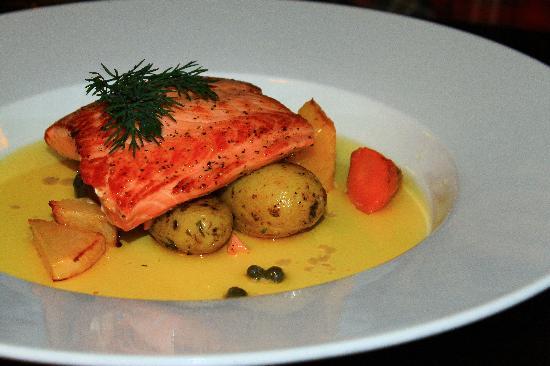 Islenski barinn : Salmon