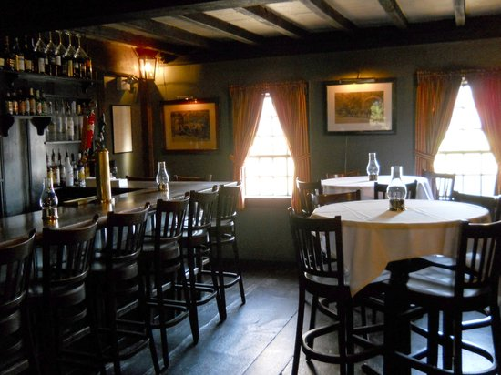 The White Horse Tavern: One of the beautiful rooms at White Horse Tavern