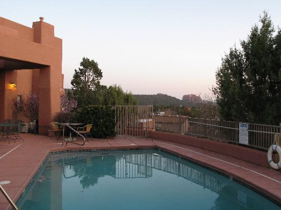 Alma de Sedona Inn Bed & Breakfast: View from the balcony of  Room: Del Sol