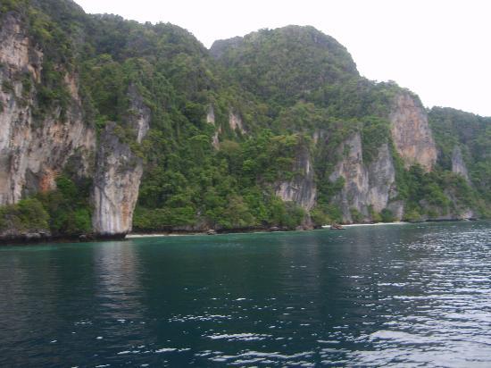 Oceanic Divecenter: Phi Phi