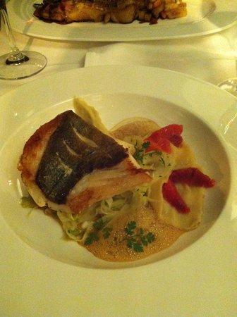 Schwarz  & Weiz Restaurant : Filet de St Pierre