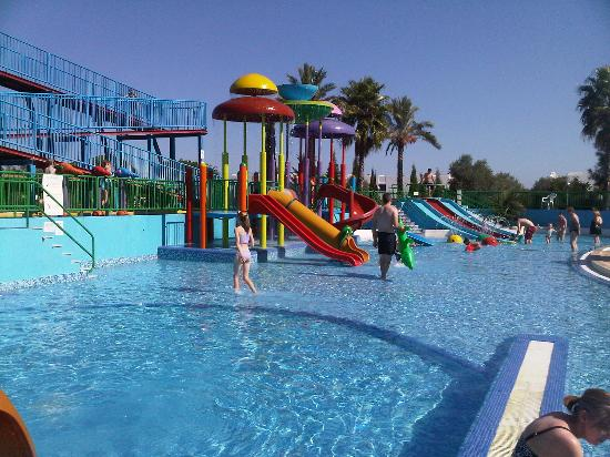 Holiday Village Algarve Balaia: Slides