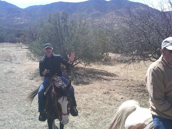 Sunglow Ranch - Arizona Guest Ranch and Resort: Great time on a 2 hour guided trail ride!