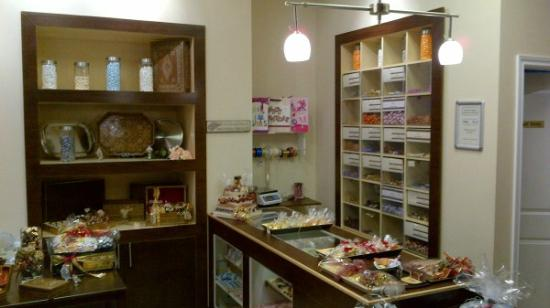 Choco Cafe & Chocolates by Design: A wide variety of Gourmet Chocolates