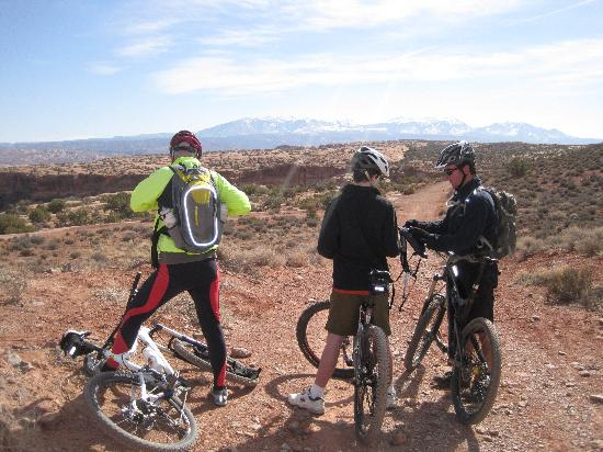 "Magpie Cycling: La Sal mountains or ""igneous intrusion"""