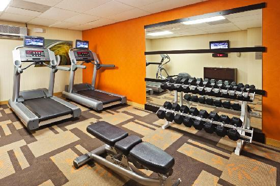 Courtyard Austin South: Fitness Center