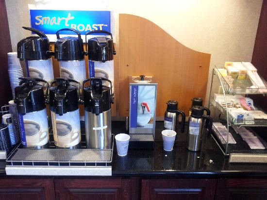 Holiday Inn Express Round Rock: All of these and NO coffee?!!