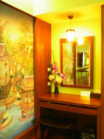 Pilanta Spa Resort: Vanity desk