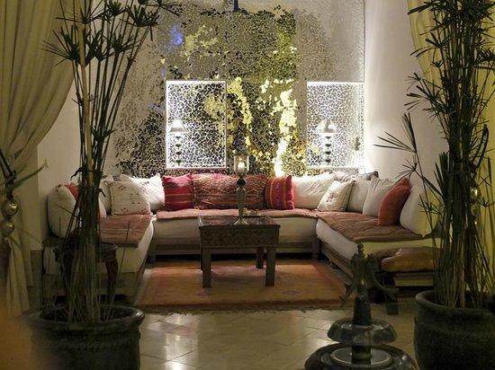 Riad Dar Oulhoum: Lobby