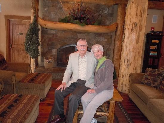 The Lodge at Suttle Lake: Seniors on honeymoon