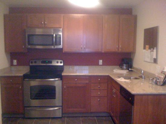 Residence Inn Seattle Northeast/Bothell: kitchen