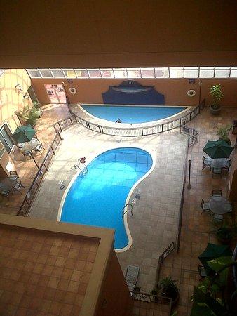 Holiday Inn Express Guanajuato: alberca con temperatura excelente