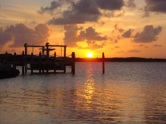 Island Bay Resort : Sunset