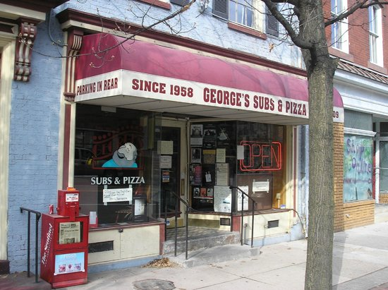 George's Sub & Pizza Shop : Front of George's