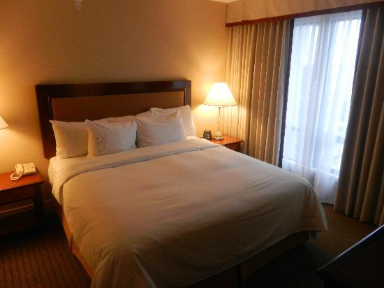 Hilton Vancouver Airport: Bedroom