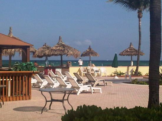 Days Hotel By Wyndham Thunderbird Beach Resort Zona De La Pileta