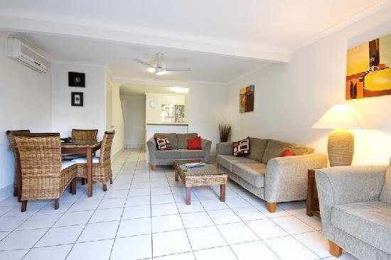 Pelican  Beach Resort : 2 Bedroom self contained apartment