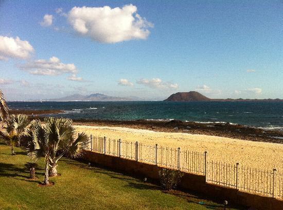 Gran Hotel Atlantis Bahia Real: Uitzicht op zee. Een oase van rust.