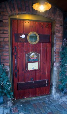 Panimoravintola Plevna : Exterior - door to heaven :)