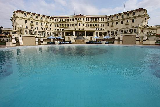 Polana Serena Hotel : Day view of the exterior