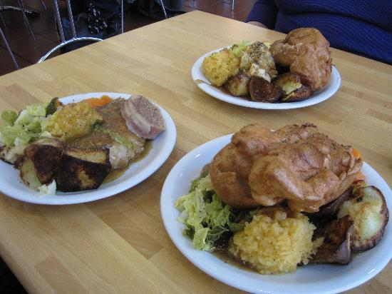 Buckfast Abbey : Roast dinners at the cafe