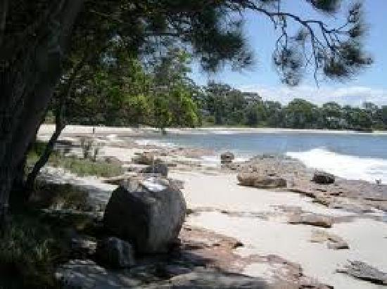 Nelsons Beach Lodge: Plantation point beach