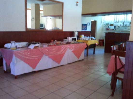 Monte Vardia: breakfast buffet