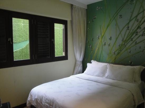 The Ardennes Hotel: chambre aqua 1