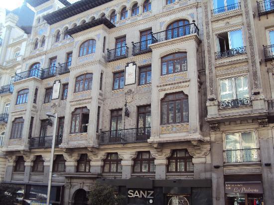 Catalonia Gran Via: the hotel