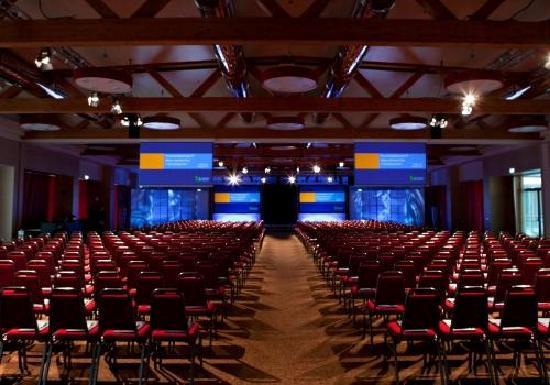 Sala meeting europa fotograf a de atahotel expo fiera for Expo fiera milano