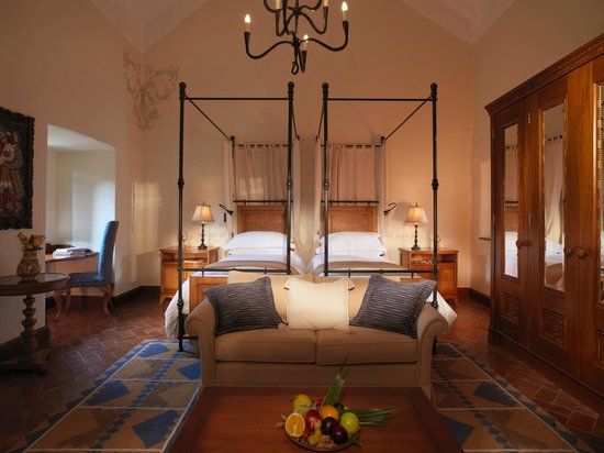 Suite at Palacio Nazarenas (40060582)