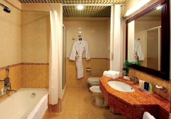 ATAHOTEL The Big Residence: Bagno
