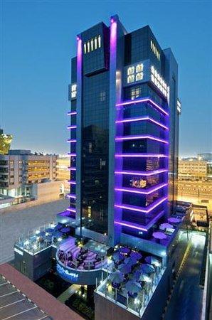 Raintree Hotel, Deira City Centre: Facade