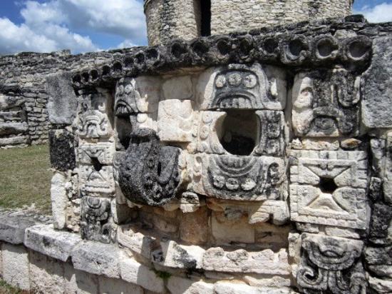 Mayapan Mayan Ruins : mayapan 3