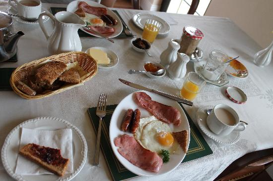Inveraray Farm Guesthouse: Such a hearty breakfast!
