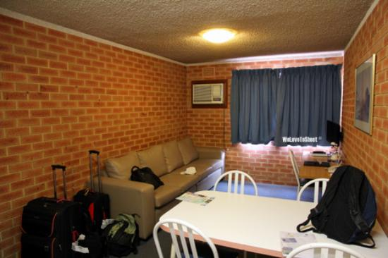 Perth Central City Stay: the living area