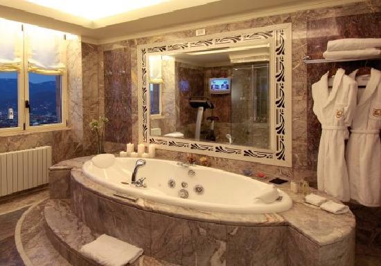 Hotel principi di piemonte updated 2018 prices reviews for Hotel design torino