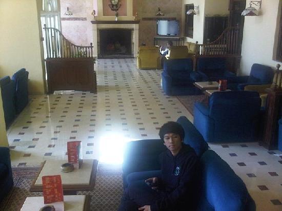 Ain Draham, Tunesien: Main hotel lounge