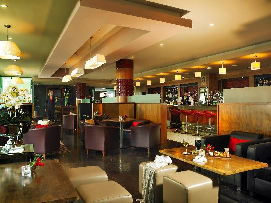 Limerick Strand Hotel: The Terrace Bar