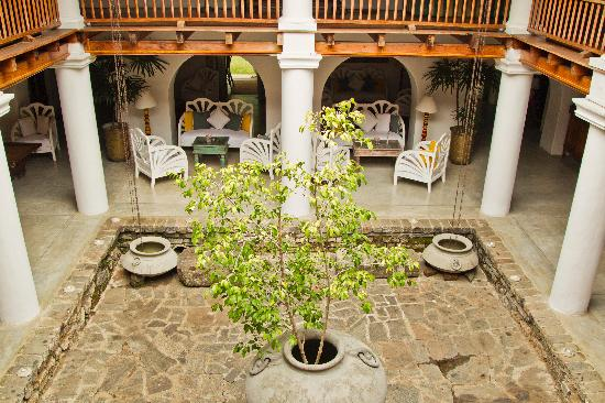 The Kandy House: The courtyard