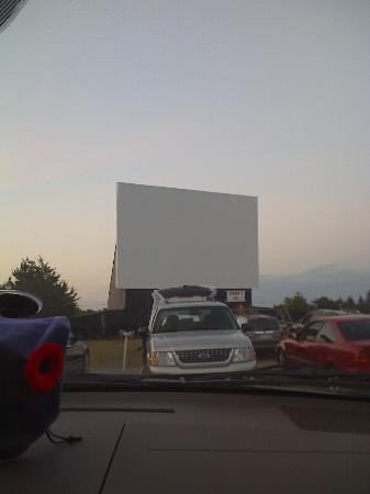 Edgewater Family Campground: Drive Inn near by