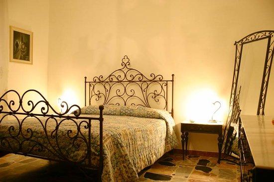 Calciufetta Bed & Breakfast: getlstd_property_photo