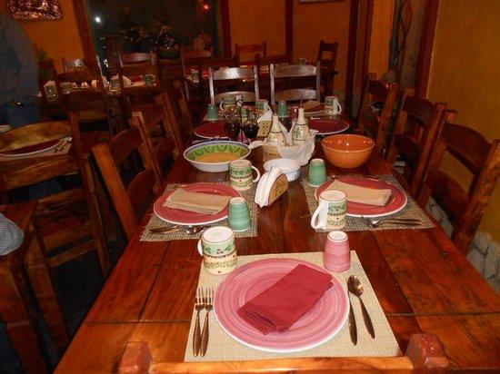 Trattoria Morello: Uno dei tavoli in sala ;)